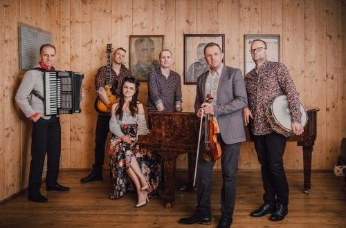 Zespół folkowy Holeviaters
